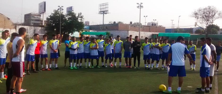 Deportivo Coopsol continúa con los entrenamientos en el Estadio Municipal de Surquillo
